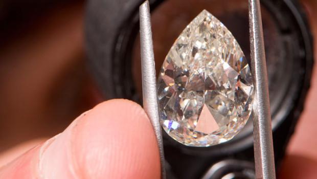 Vashi Dominguez online diamond entrepreneur